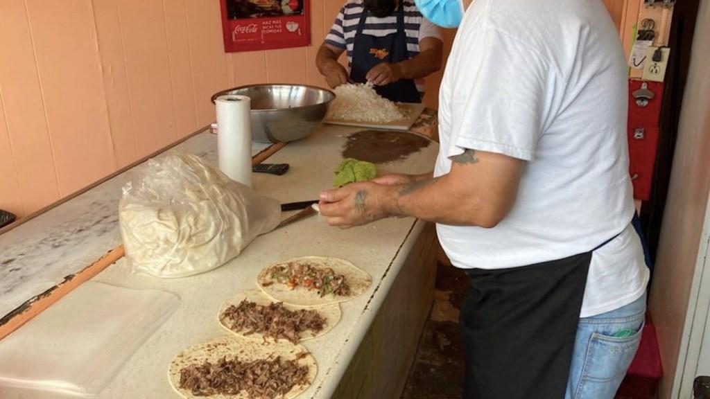 Los burritos, el manjar que cabe en una tortilla