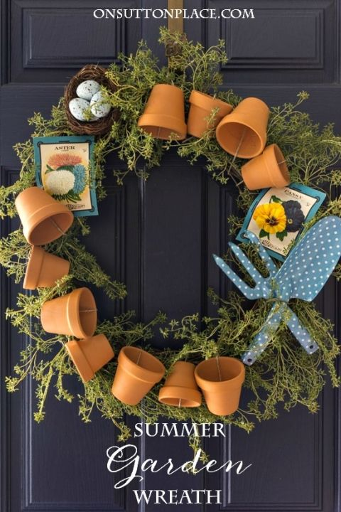 DIY Summer Garden Wreath | Easy tutorial with pictures. Includes how to attach the terra cotta flower pots