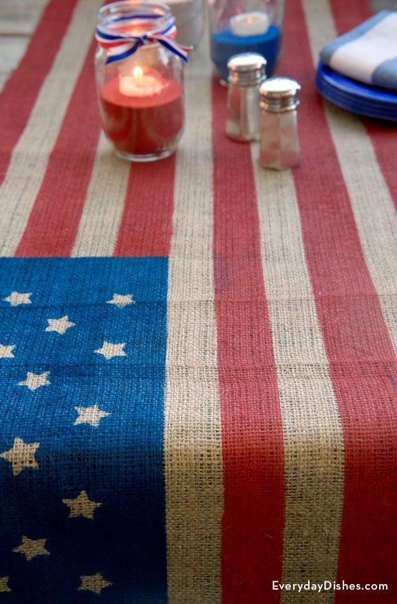 If the 4th of July picnic's at your house this year, this DIY table runner is the perfect addition for h