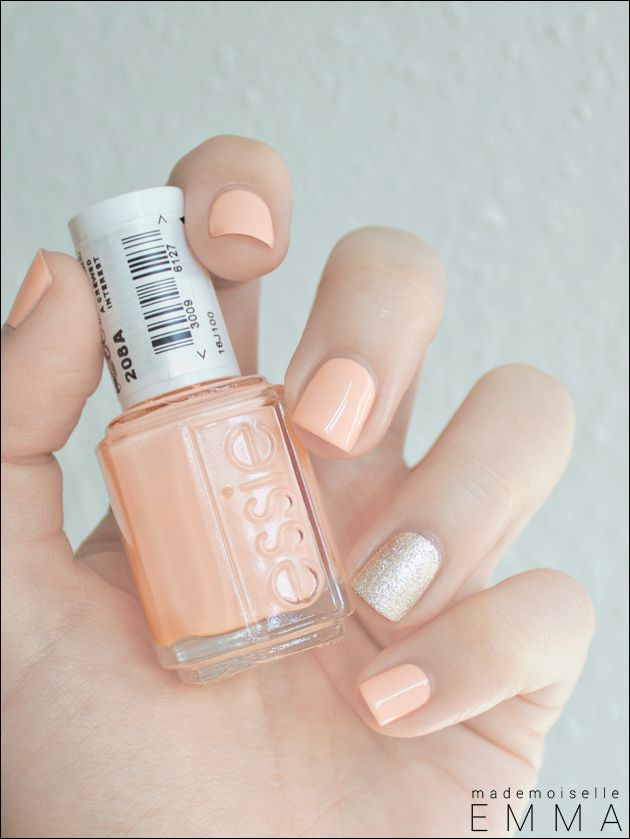 Essie – A Crewed Interest & Beyond Cozy  Loving the combination of the soft peach & glitzy flare!