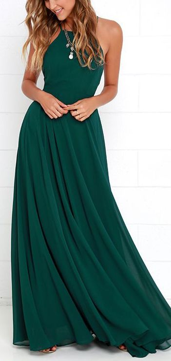 love this dark green! Maxis are hit or miss since Im so short. I rarely have a perfect lengt