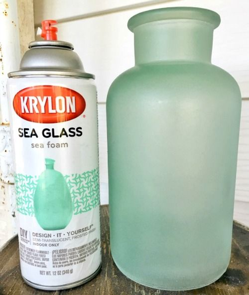 Get the Seaglass Look with Sea Glass Spray Paint and Frosted Glass Spray Paint… www.completely-co… Turn Glass Bottles and