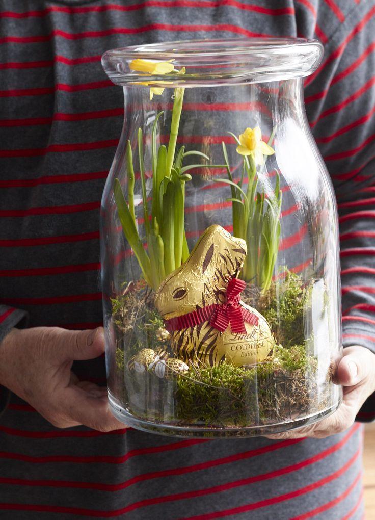Der Goldhase Animal Print von Lindt & Sprüngli wird Ostern in diesen hübsch bepflanzten Gläsern verschenkt und bringt so ein