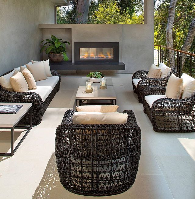 Please PM me at @Kate Rumson if you know who designed this fantastic outdoor space