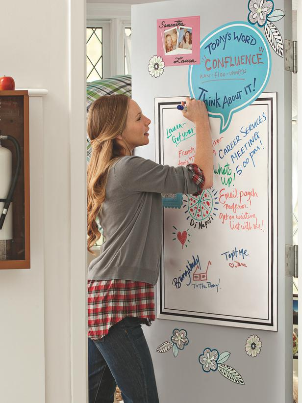 Dry erase board for important reminders and the word of the day!  Chic and Functional Dorm Room Decorating Ideas : Page 13 :