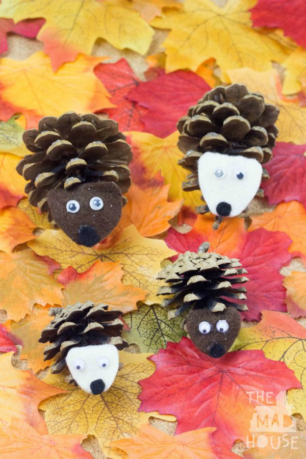 Make these quick + easy autumn fall kids crafts in under 30 minutes with basic supplies! No special tools or skills are needed, so