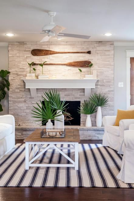 Homeowner Lindy had a professed love of beach and coastal themes, but didn't want it over-the-top. (No draped fishnets and plastic
