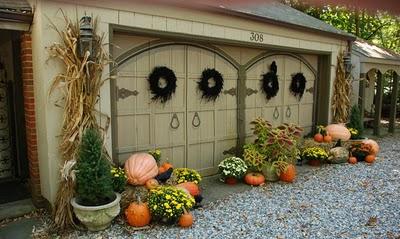 enchanting decorated garage….