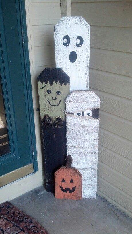 Halloween Picket Fence Decor….these are the BEST Homemade Halloween…
