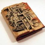 Carti transformate in opere de arta