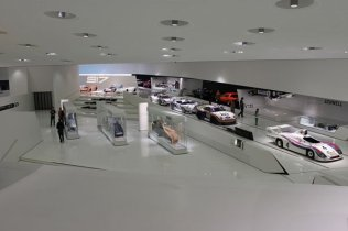 Muzeul Porsche (1)