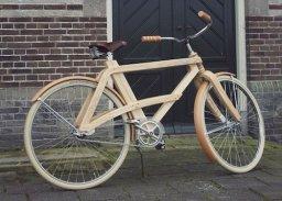 bicicleta din lemn (1)