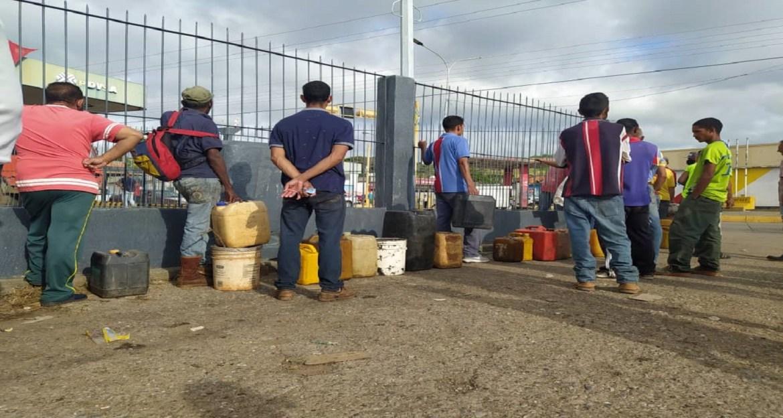 Escasez de gasoil impacta producción agrícola, transporte y hogares