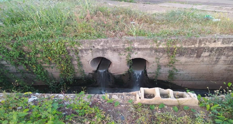 Se desbordan las aguas servidas