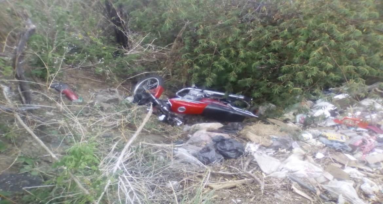 Falleció motorizado en volcamiento