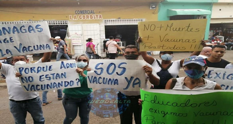 Con pancartazo exigieron vacunas en Altagracia