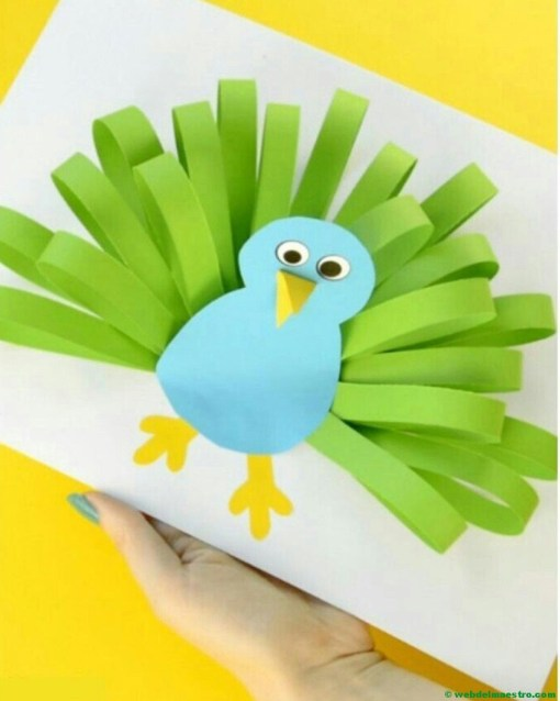Manualidades infantiles - pavo real de papel--