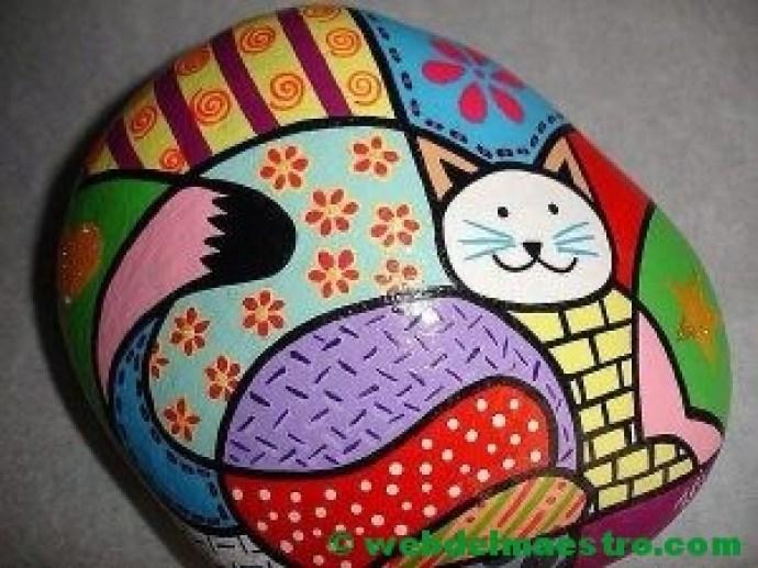 piedras pintadas de animales-gato