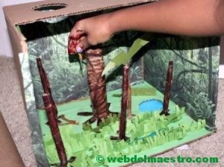 Elaboración de un diorama sobre la selva