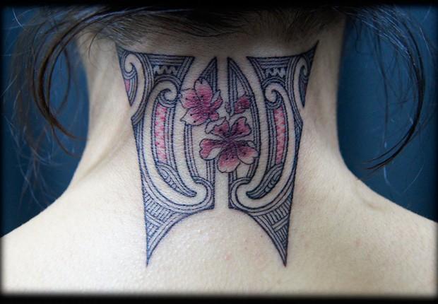 50 Back Neck Tattoos (40)