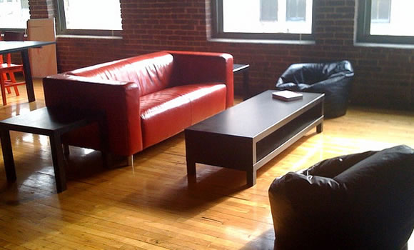 Common meeting space startup loft room