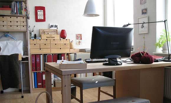 freelancers workspace office featured image