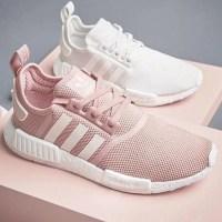 Bạn đã sẵn sàng cho một khởi đầu mới với giày adidas chính hãng?