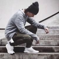 Phối đồ sành điệu cho các bạn nam với giày adidas Ultra Boost 3.0 trắng