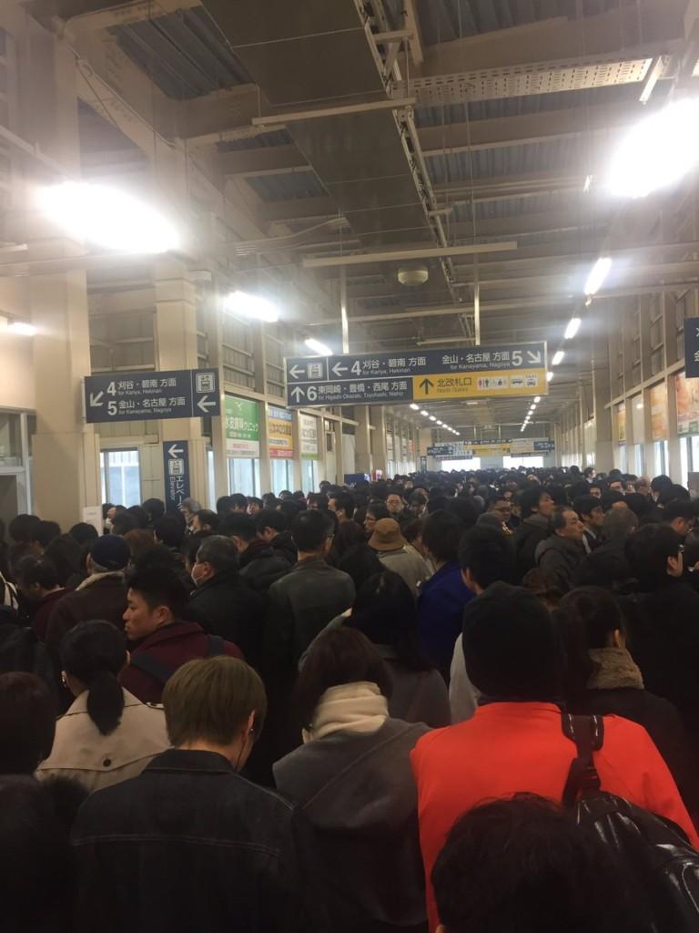 【名鉄混雑】復旧-JR東海道線、踏切事故