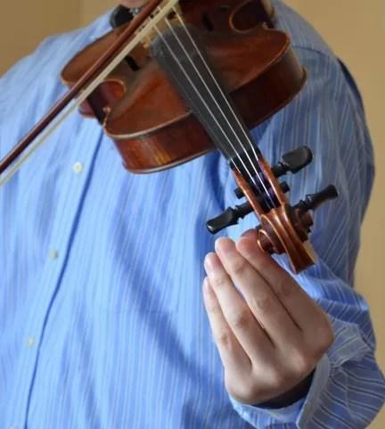 当方30代男性。サイレントバイオリンSV250を購入してバイオリンを始めることにしました。