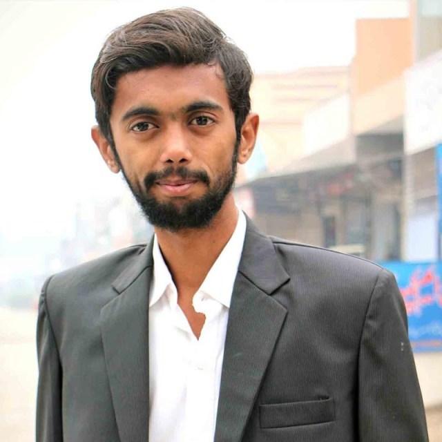 Umer Ansari - Digital Marketing Expert - WebHostTricks