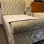 Silver Grey Crushed Velvet Sleigh Bed In Ss17 Hope For 260 00 For Sale Shpock