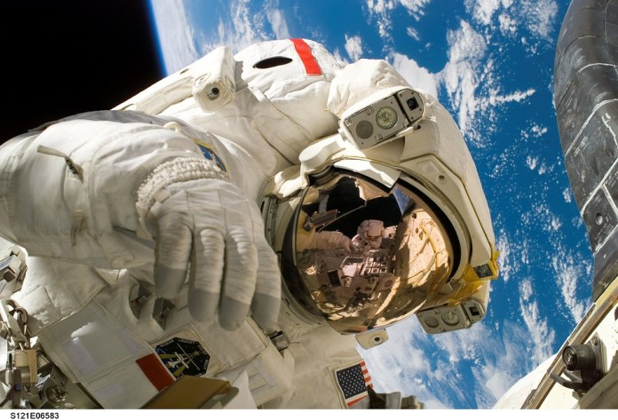 astronaut first crime from space