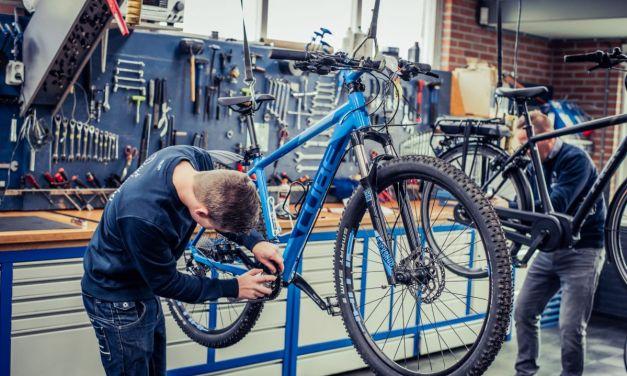Lindenholz komt je fiets voor reparatie of onderhoud ophalen en terugbrengen