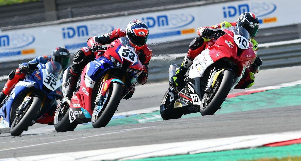 Van der Sluis zevende en tiende tijdens IDM Superbike races in Assen