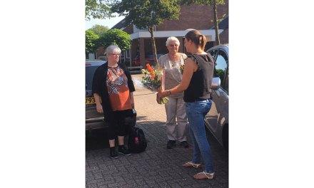 150e rit ANWB AutoMaatje Staphorst; Vrijwillige chauffeur en deelnemer worden verrast