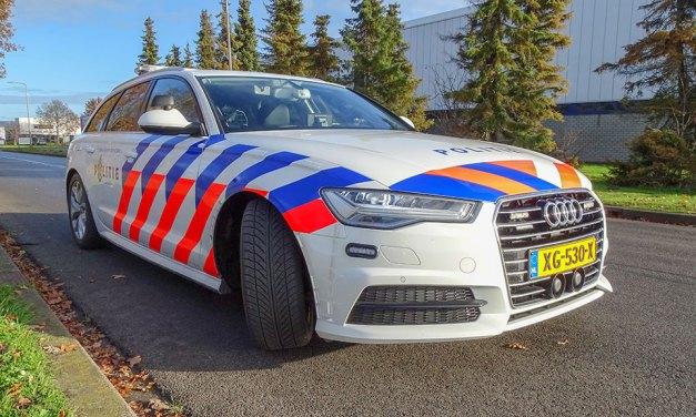 Auto's botsen op Spoordijk / Dekkersweg