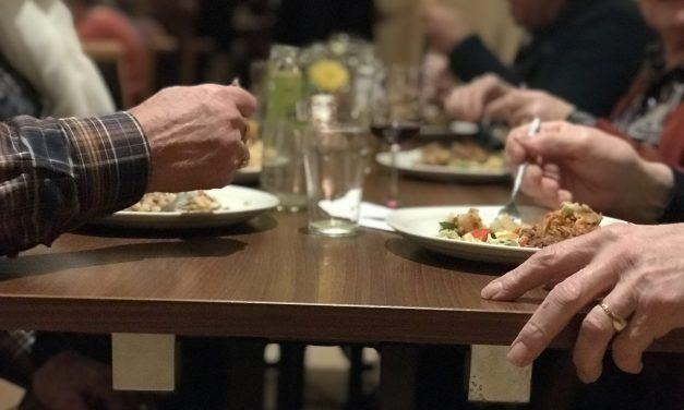 Kom erbij en schuif aan – Aanschuiftafel bij d' Olde Skoele in Rouveen (Update, geen QR code nodig)