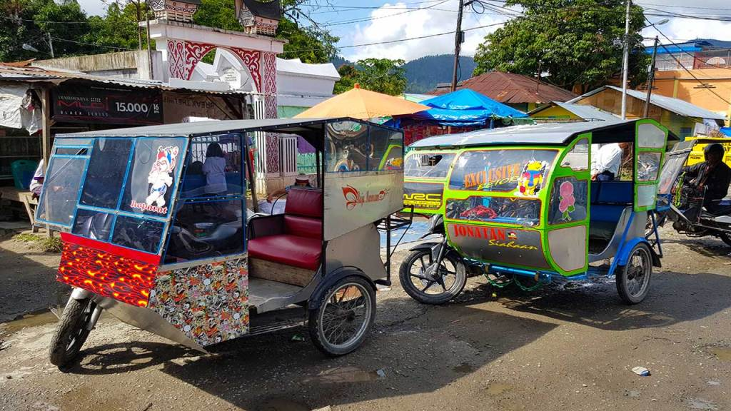 Becak in Indonesia