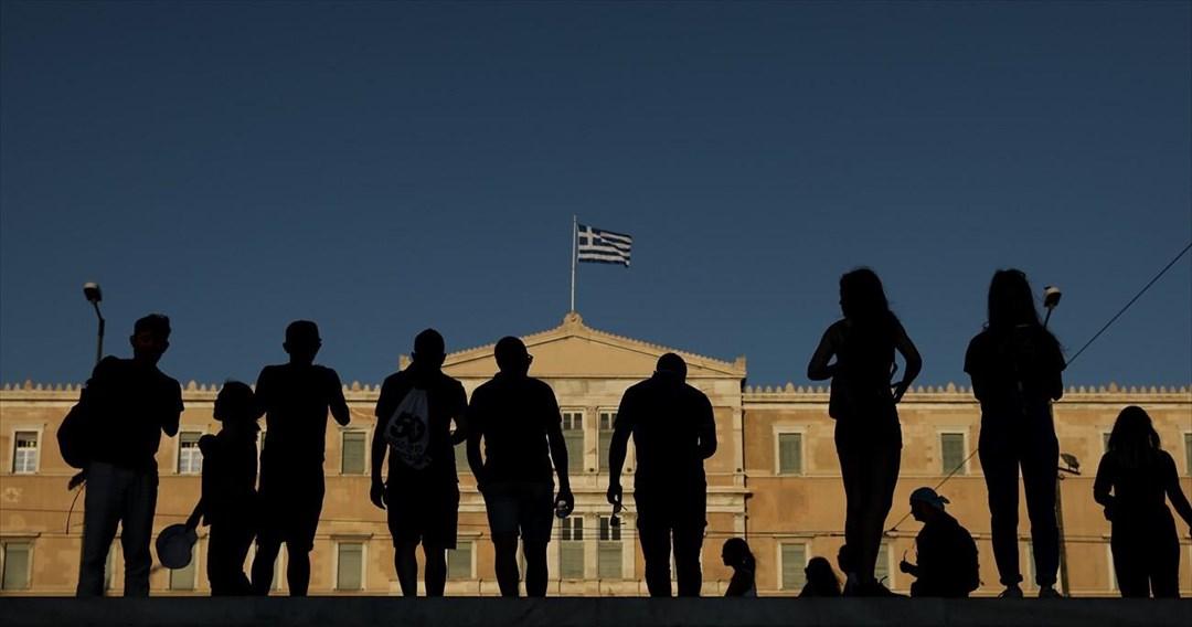 Το 2021 η επενδυτική βαθμίδα για την Ελλάδα