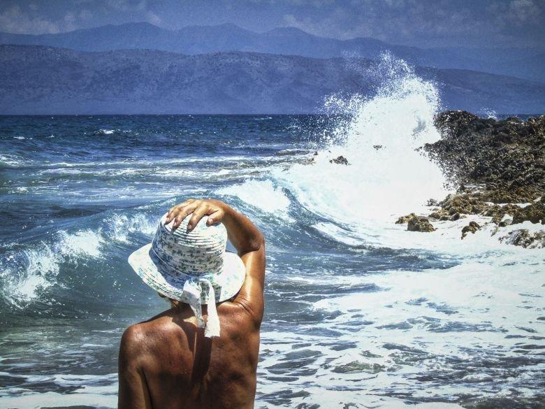 Το άνοιγμα του ελληνικού τουρισμού έγινε θέμα σε αυστριακή εφημερίδα – News.gr