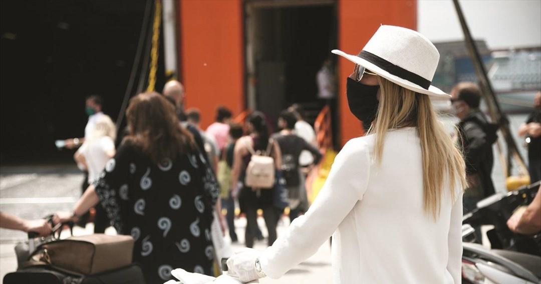 Ο τουρισμός έχασε 320 δισ. δολ. λόγω του κορωνοϊού