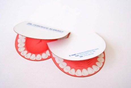 Dişçiye ait bir kartvizit örneği