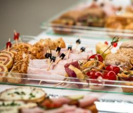 Günstiger Catering Service Berlin – Wie viel kostet ein Partyservice? Preiswerter Partyservice Berlin Weißensee