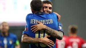 Италия вкара пет гола за Литва и стана лидер на българската група