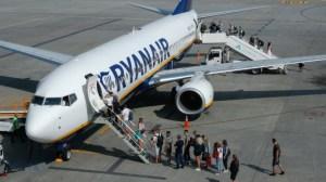 """Ryanair предупреждава за """"рязко покачване"""" на цените на полетите през следващата година"""