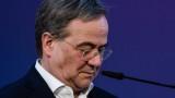 Възмущение в Германия - наследникът на Меркел се засмя, докато посещаваше обезпокоен район