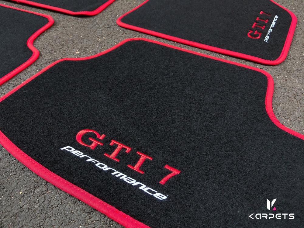 tapis de voiture sur mesure
