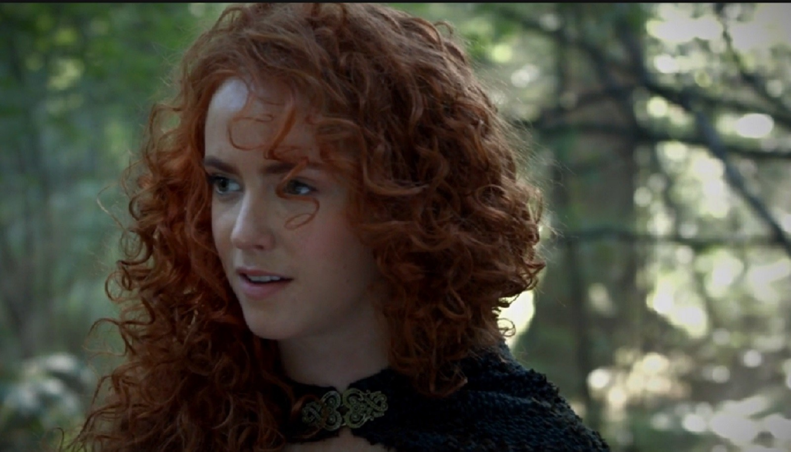 Amy Manson Once Upon A Time once upon a time- first look at brave's merida in action