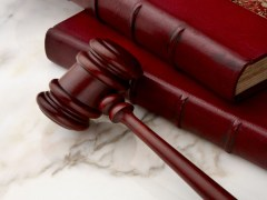 3 Major Considerations For Choosing The Best Lawyer Fo